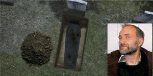 La macabra historia del hombre ruso que robaba cadáveres para hacerlos juguetes