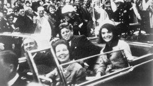 """La imposible """"bala mágica"""" y el informe oficial sobre la muerte de Kennedy que nadie creyó"""