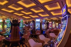 Encuesta LaPatilla: Reapertura de casinos para una Venezuela que Maduro dejó al azar