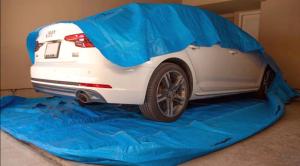 El novedoso cobertor de carro que les permite flotar ante una inundación (FOTOS)
