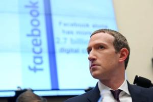"Mark Zuckerberg planea dejar atrás el nombre ""FACEBOOK"" para integrar a Whatsapp e Instagram"